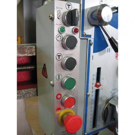 Z3032X7P Радиална пробивна машина